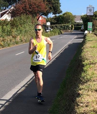 Stuart Le Noury 4 miles